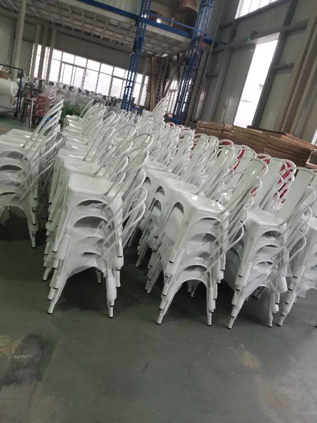 4pcs stackable metal chairs