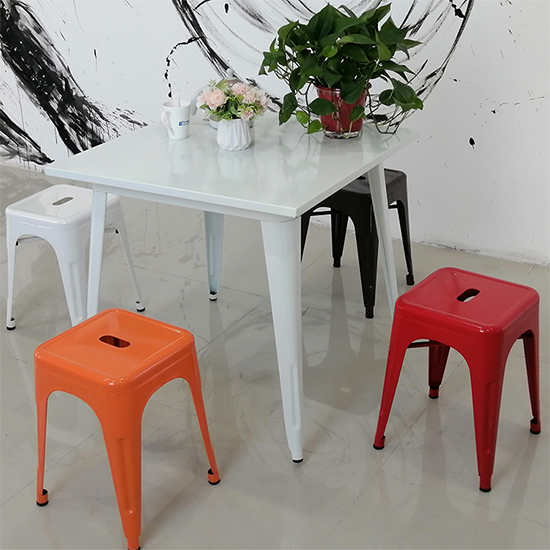 Do you like mini lightweight easy carry beach colorful choice metal chair?